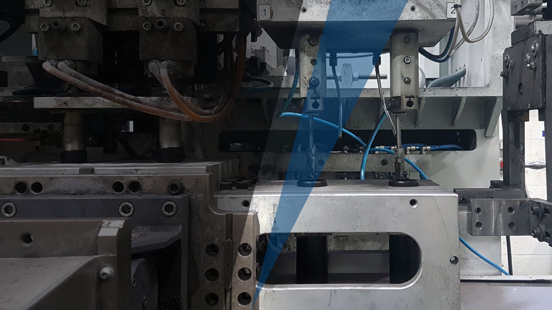 Reiner Medical - 12 blow molding machines with capacity from 2 to 30 litres